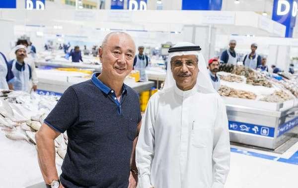 World-renowned Japanese Celebrity Chef and Restauranteur 'Chef Nobu' Visits Waterfront Market – Deira