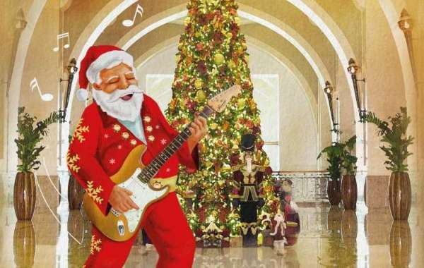 Prizes, Santa, Big Rossi and Live Entertainment at Fairmont The Palm!