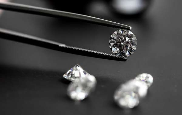 Win A Diamond for NYE at Marriott Al Jaddaf