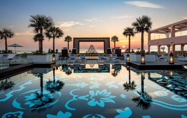 A Dazzling Royal Reverie Package in the Northern Emirates