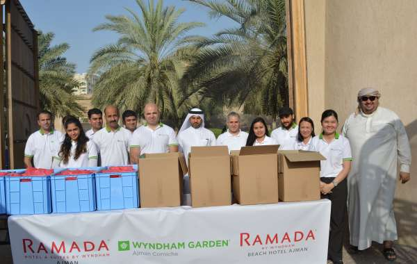 Wyndham Hotels in Ajman Hand Out Free Iftars for the Community