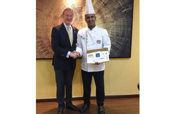 Two Seasons Hotel Dubai Wins Hozpitality Chef Excellence Award 2019