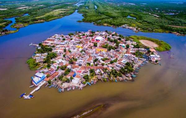 Riviera Nayarit: Next Hot Spot for Females Traveling Solo or in Groups