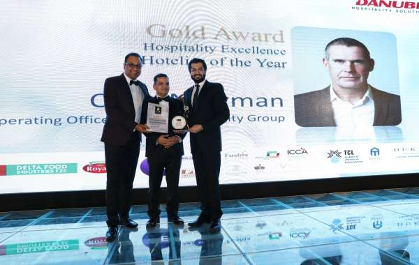 Chris Newman of Emaar Hospitality Group Honour for Hozpitality Excellence Hotelier of the Year
