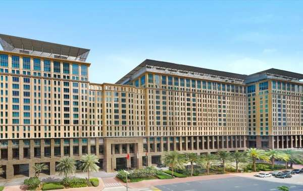 The Ritz-Carlton, Dubai International Financial Centre Celebrates Bahrain's National Day with Exclusive Offer