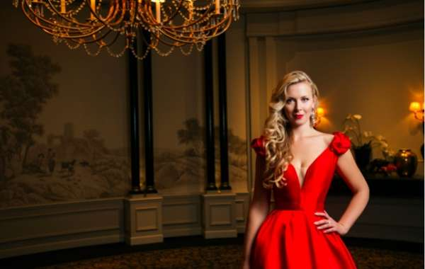 Dubai Calendar: A Night at the Opera with Bettina