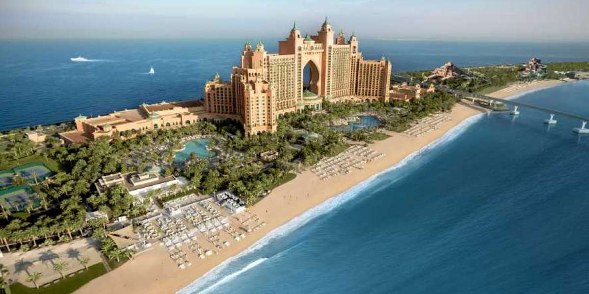 """Atlantis Resort Pledges 20,000 Meals worth AED 225,000 to the """"10 Million Meals"""" Campaign"""