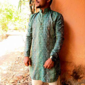 OMAKR KHAPRE Profile Picture