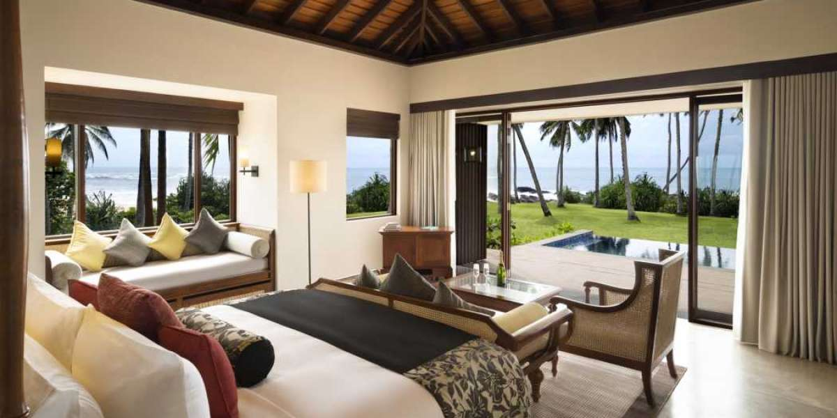 Discover Sri Lanka in Chauffeured Luxury