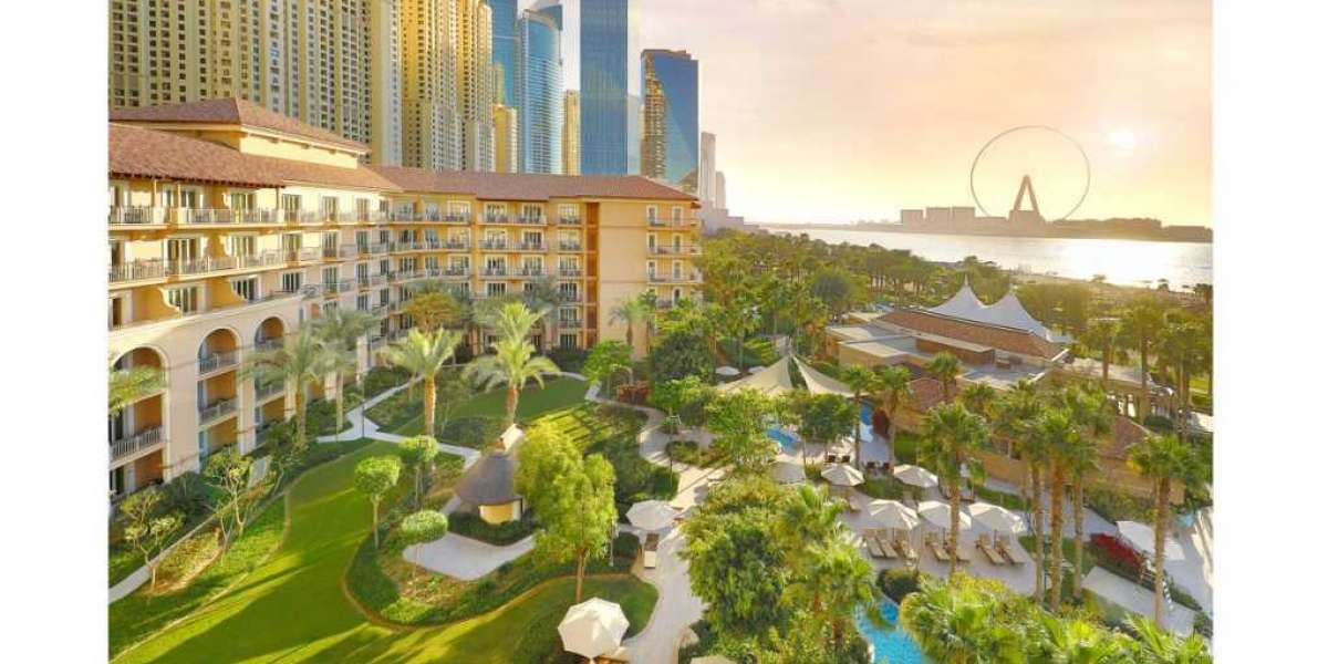 Make Unforgettable Memories Once More: Enjoy an Exclusive Staycation Experience at The Ritz-Carlton, Dubai in JBR