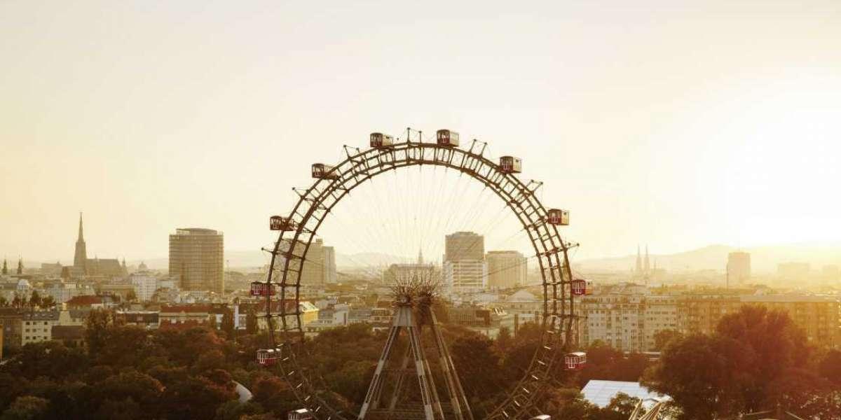 Vienna's Giant Ferris Wheel Turns Again