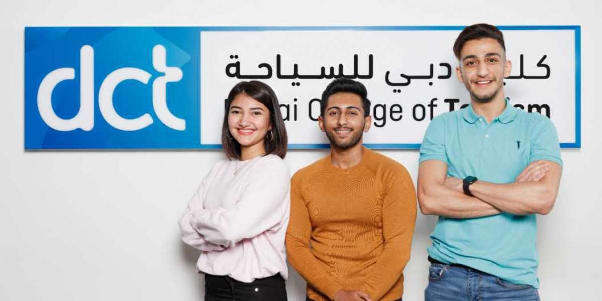 Dubai College of Tourism Announces Scholarships and Awards for Upcoming Academic Year