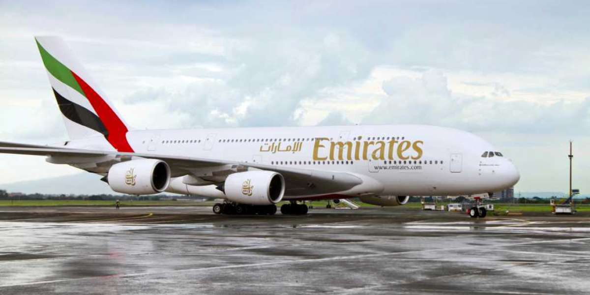 Emirates and Clark International Airport Celebrate Landmark One-off A380 Service
