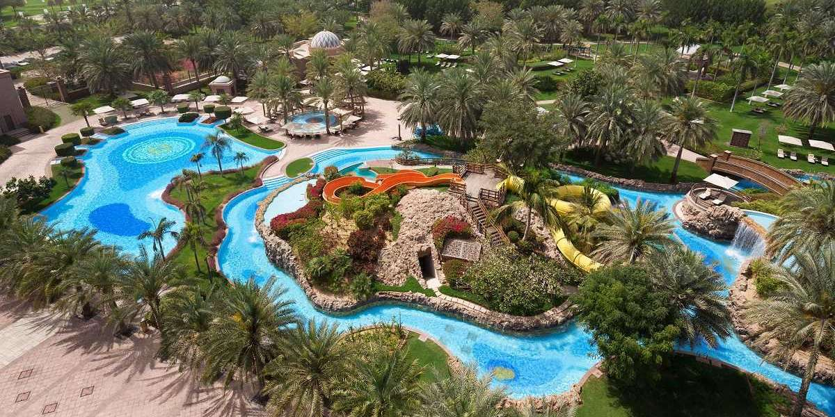 POOL REOPENS AT EMIRATES PALACE