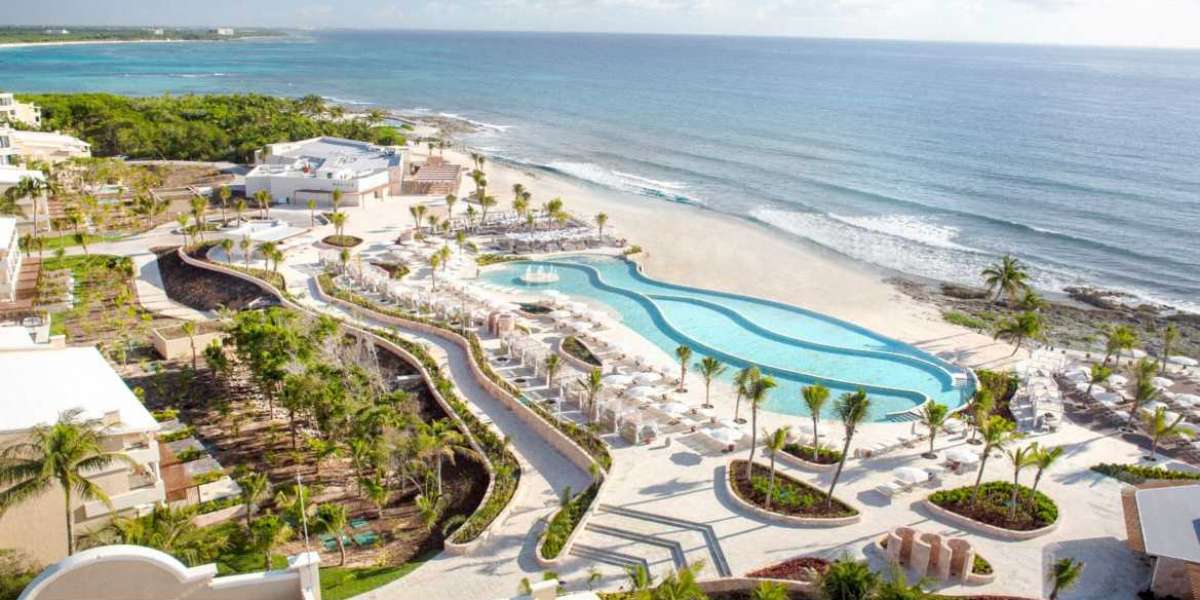"Palladium Hotel Group's Mexico and Caribbean Properties Awarded TripAdvisor's ""Travelers' Choice 202"