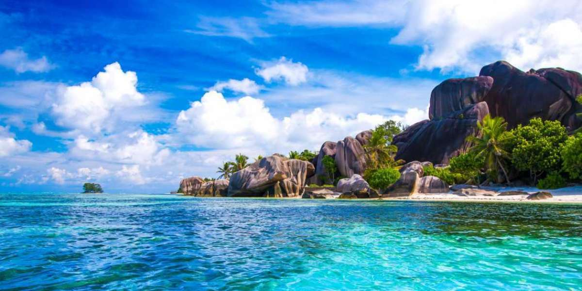 Soak Up the Sun in Seychelles this Summer with Emirates