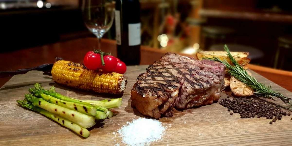 'Red and Rare' Wednesday Nights at La Cava