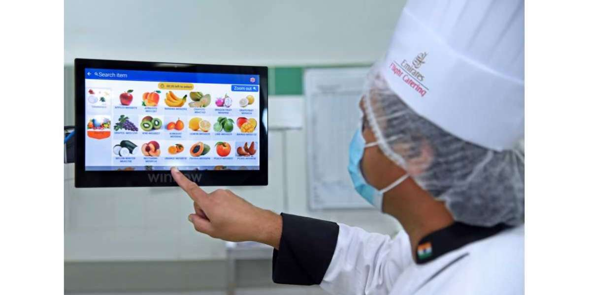 Emirates Flight Catering Leverages AI Technology to Reduce Food Waste