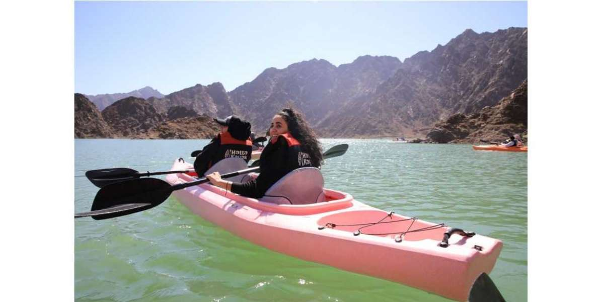UAE Residents and Tourists in Dubai Enjoy Diverse Outdoor Experiences Amid Pleasant Weather