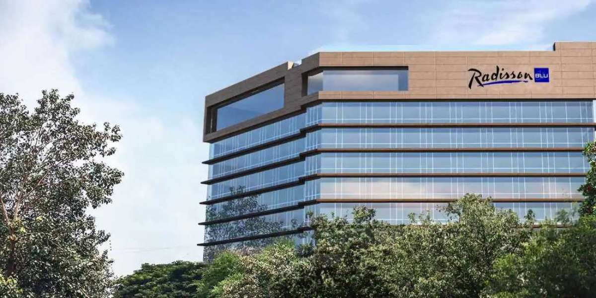 Radisson Blu Mumbai International Airport Debuts in the Maximum City