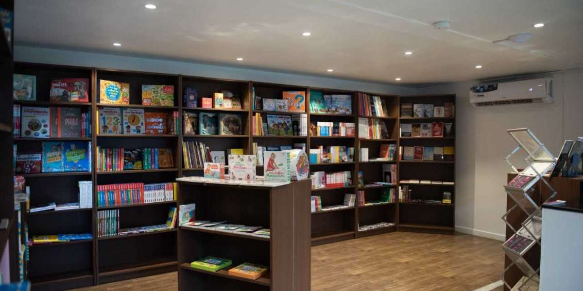 Noura Al Kaabi opens the new 'Francophone Library'  at Alliance Française Abu Dhabi