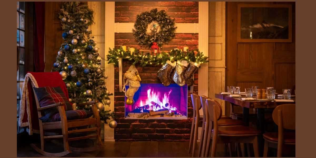 Santa's Best Kept Secret Pops Up at Publique