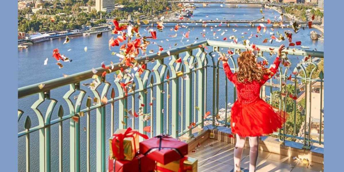 Embrace the Magic of Festive Holidays in the Heart of the City at Four Seasons Hotel Cairo at Nile Plaza