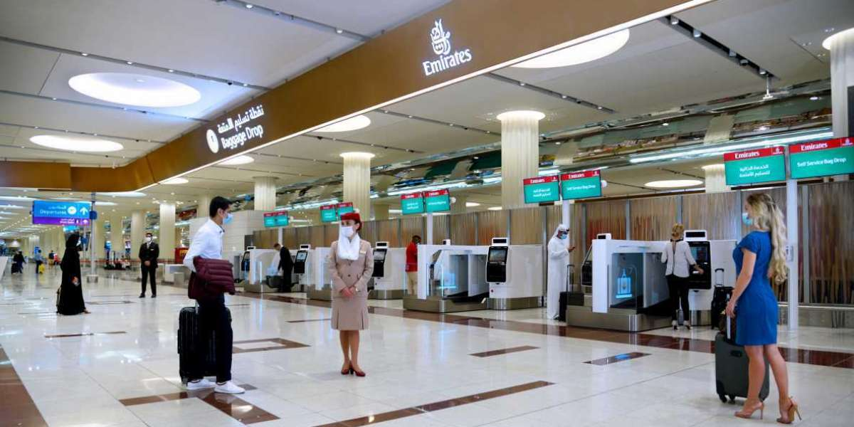 Emirates Expects Busy Holiday Travel Period