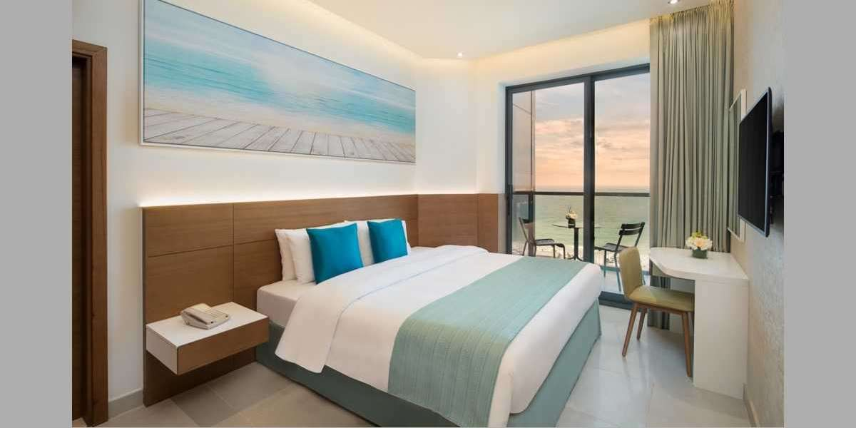 Enjoy Must-try UAE Experiences When You Stay at Wyndham Hotels Ajman