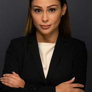 Yasmine Huneidi Profile Picture