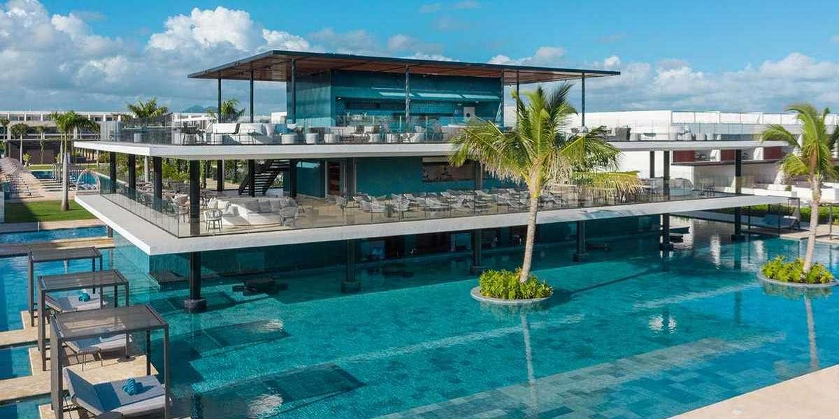 Live Aqua Beach Resort Punta Cana Proudly Vaccinates 82% of Hotel Staff Against COVID-19