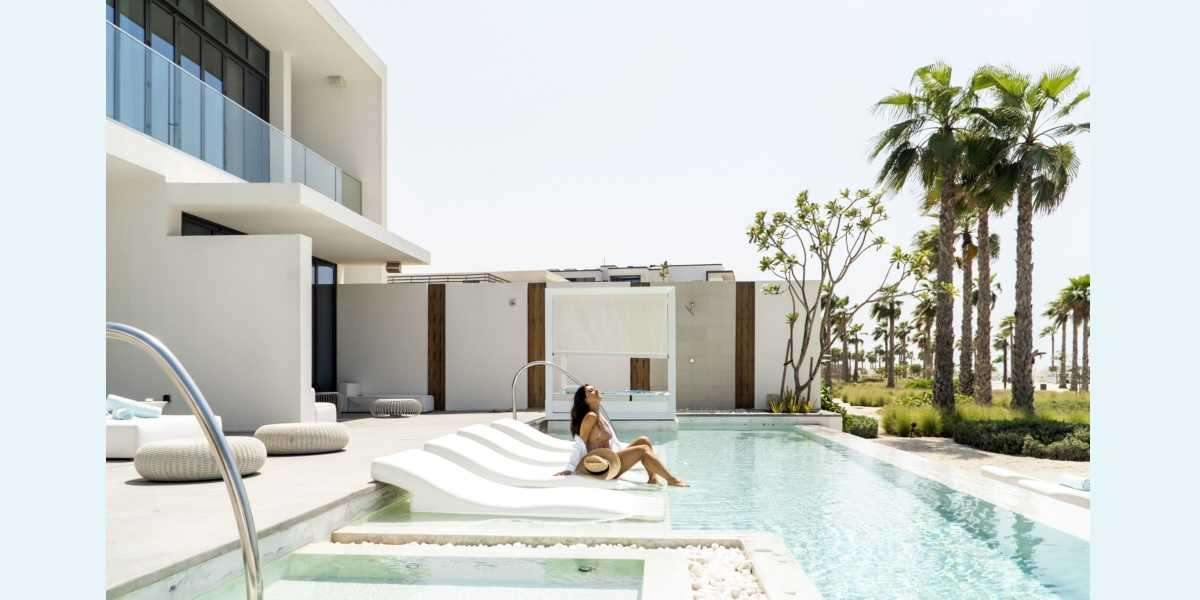 Nikki Beach Resort & Spa Dubai: Make Waves or Hide Away
