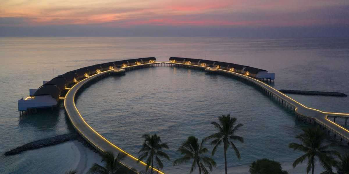 Make this Festive Season a Tropical One as You Ring in 2022 in the Maldives